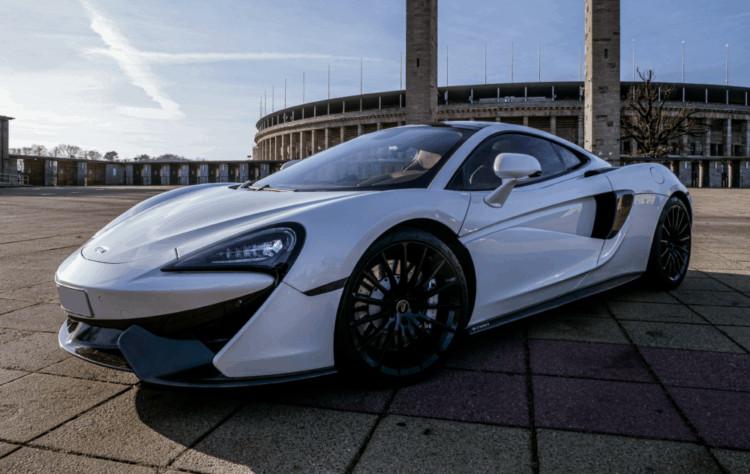 McLaren 570 GT mieten in Berlin 1