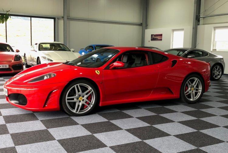 Ferrari 430 - F1 mieten in Leoben